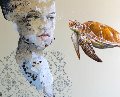alessandro_casetti_woman_with_turtle_100x125cm_tecnica_mista_su_tavola_2018_web